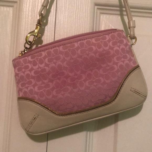 Coach corner zip pink wristlet in canvas